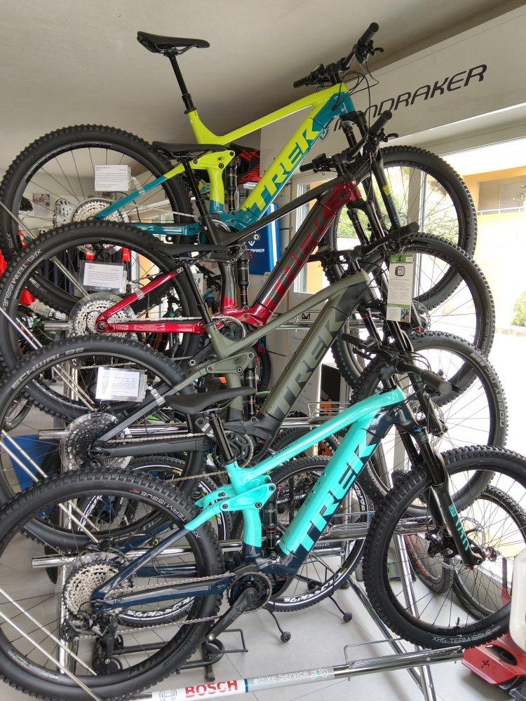 Arrivage vélos électriques TREK RAIL 7 2021 chez OXYBIKE ,une petite merveille !!