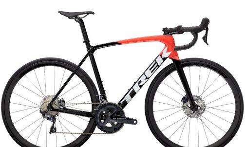 NOUVEAU TREK EMONDA ,Le vélo de montagne avec une touche d'Aero  modèle SL6 PRO DISC Carbon prix : 3999 € 8KG03